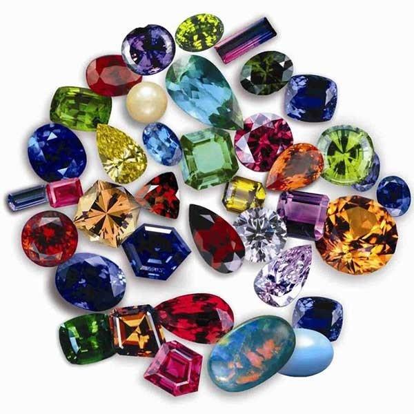 تاثير رنگ سنگ ها و جواهرات بر خواص درمانی آن ها