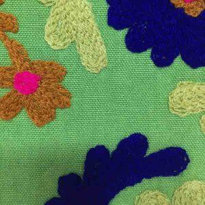 کاور کوسن دست دوز سوزنی هندی طرح لاله : زمينه سبز